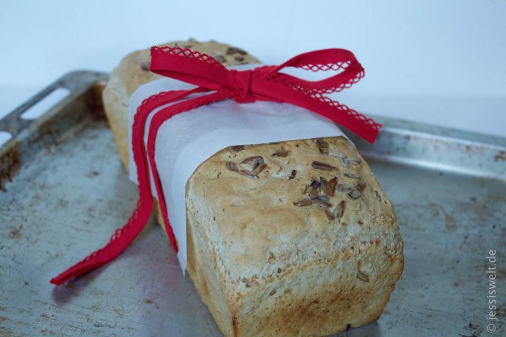 Dinkelwalnuss-Brot